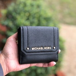 Michael Kors HAYES Leather Medium Trifold  Wallet